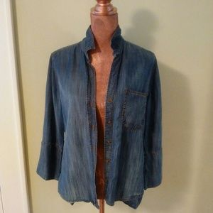 C&S Chambray Button-down